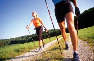 Nordic Walking © CT Arzneimittel GmbH via Flickr unter CC-BY-ND-Lizenz