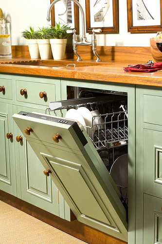 Geschirrspülmaschine © ChalonHandmade via Flickr unter CC-BY-Lizenz